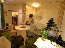 De vanzare apartament 2 camere zona Damaroaia