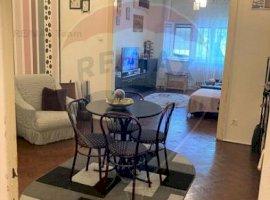 Apartament cu 3 camere de vânzare în zona P-ta Victoriei