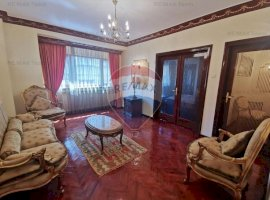 Apartament lux mobilat clasic Piata Amzei (avans+rate fara dobanda)