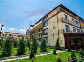 Apartament cu 3 camere de vânzare în zona Haliu