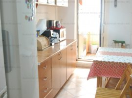 Apart 2 camere, decomandat, intersectie Zimbru, bloc 2005