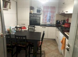 Apart 4 camere, decomandat, zona Dacia, renovat