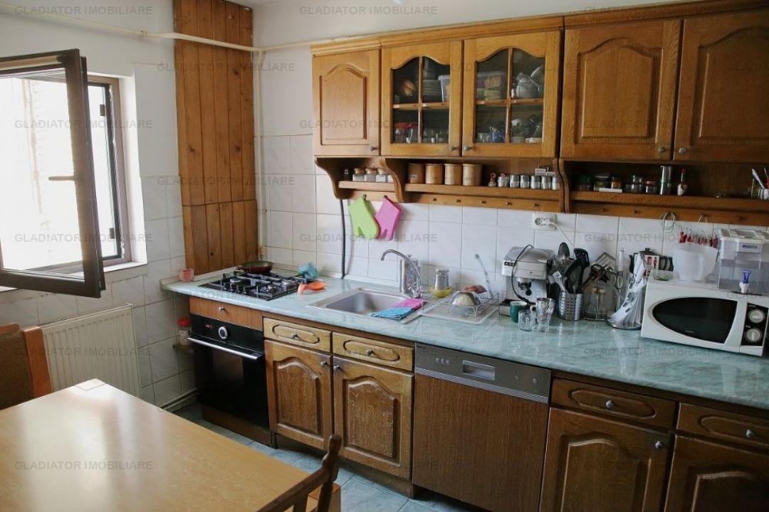 Apartament in bloc deosebit, Nicolina Rond Vechi