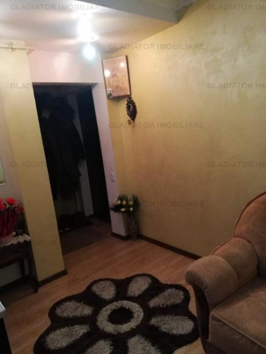 Apartament cu 3 camere zona Tatarasi