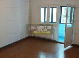 Apartament 3 camere, decomandat, zona Dacia, etaj 1, balcon generos