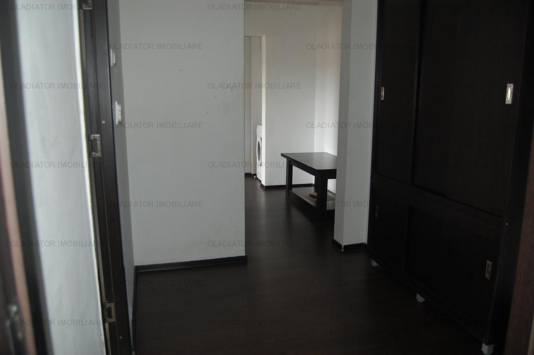Merita! Apartament 3 camere, decomandat, Pacurari