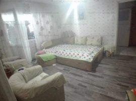 Apartament 2 camere, Podu de Piatra, la strada