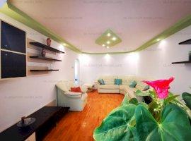 Apartament cu 4  camere decomandat in zona CUG