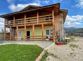 Nou | Pensiune 8 camere cu 1373mp teren | Zona Cristian Brasov