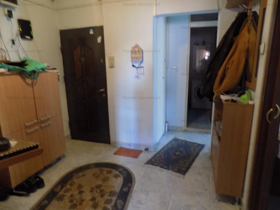 4 camere in Rahova / Soldat Ene Modorean