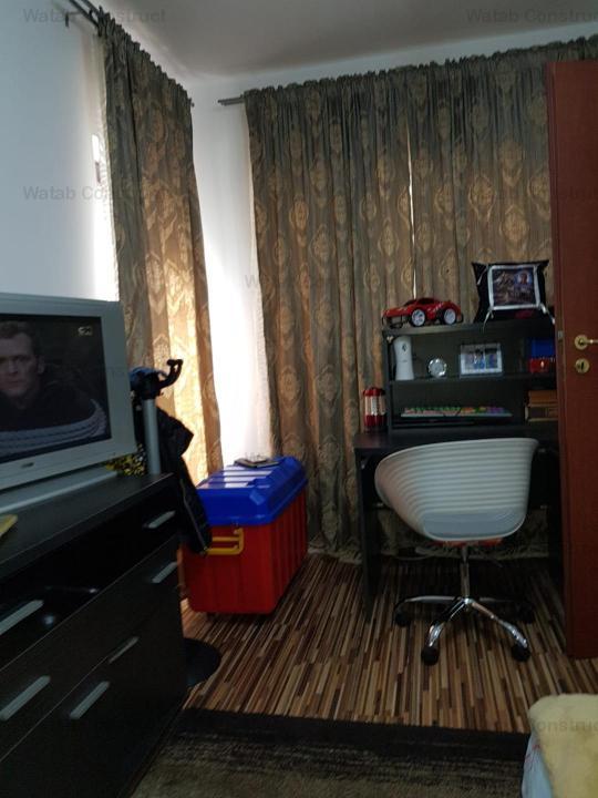 apartament 3 camere Smardan Bragadiru