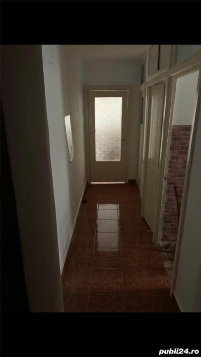 Girocului, etaj intermediar, decomandat