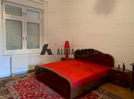 Apartament 2 camere + curte zona Centrala