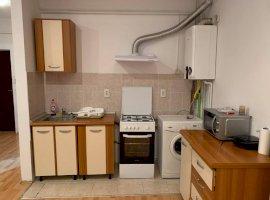 Apartament 3 camere la mansarda zona Milea