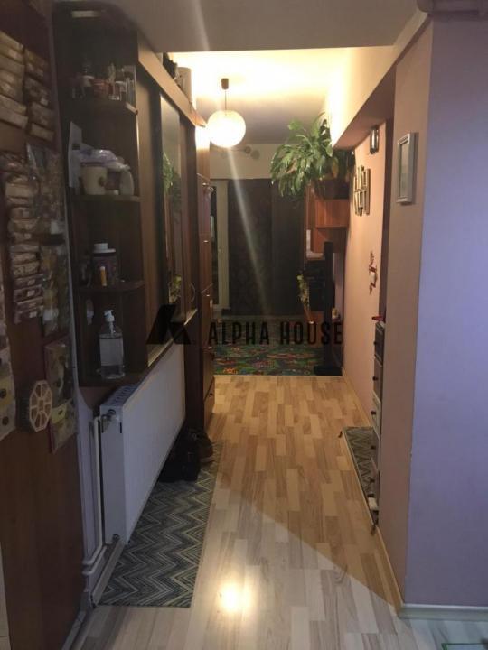 Apartament 4 camere zona Calea Poplacii