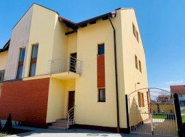 Casa tip duplex 4 camere 3 bai zona Selimbar