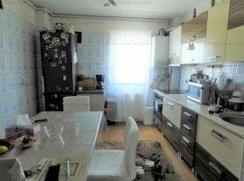 Apartament 4 camere decomandate zona Rahovei