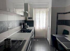 Apartament 3 camere zona SCOALA DE INOT