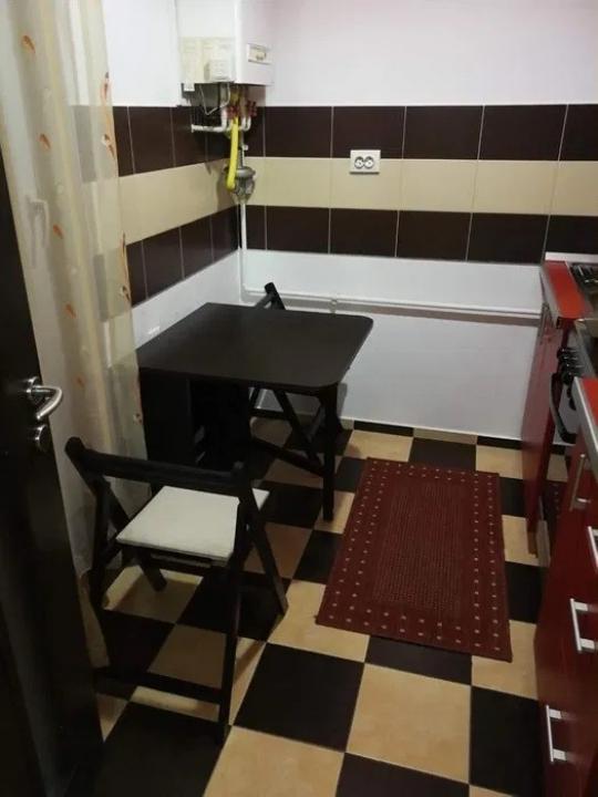 Garsoniera etaj 3 zona Turnisor- Alma