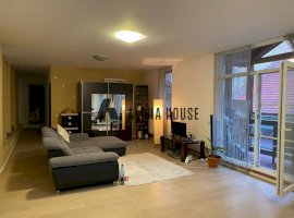 Apartament 3 camere et 1 zona Bldv Victoriei