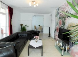Apartament lux 3 camere decomandate zona Calea Cisnadiei