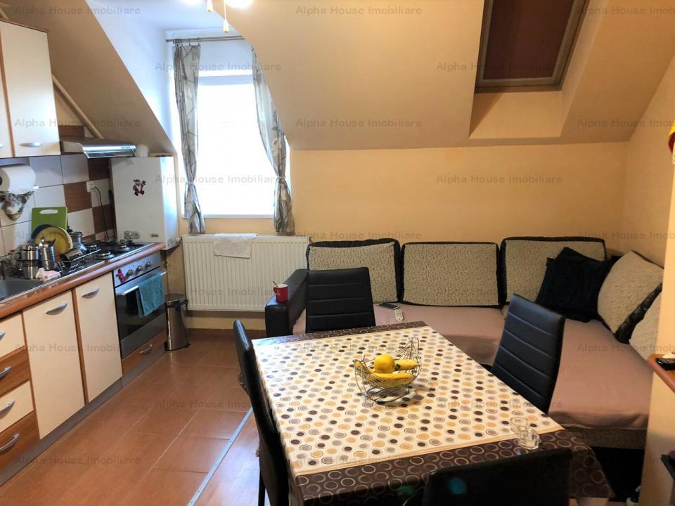 Apartament 3 camere la mansarda zona Terezian