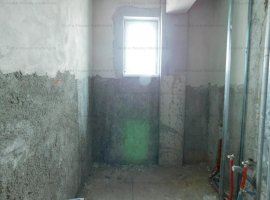 Apartament 3 camere etaj 1 zona Alba Iulia