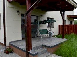 Casa 4 camere + 180mp curte amenajata zona Selimbar