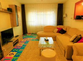Apartament 3 camere decomandate zona Garii