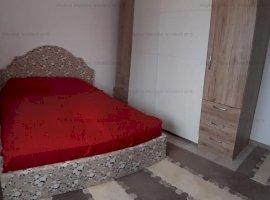Apartament 3 camere decomandat + 70mp curte zona Calea Cisnadiei