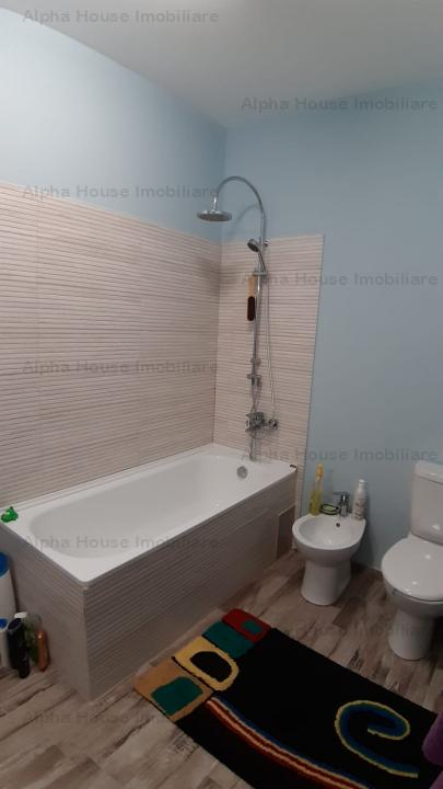 Apartament 3 camere decomandat + 70mp curte, zona Calea Cisnadiei