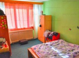 Apartament 2 camere decomandat zona Mihai Viteazu