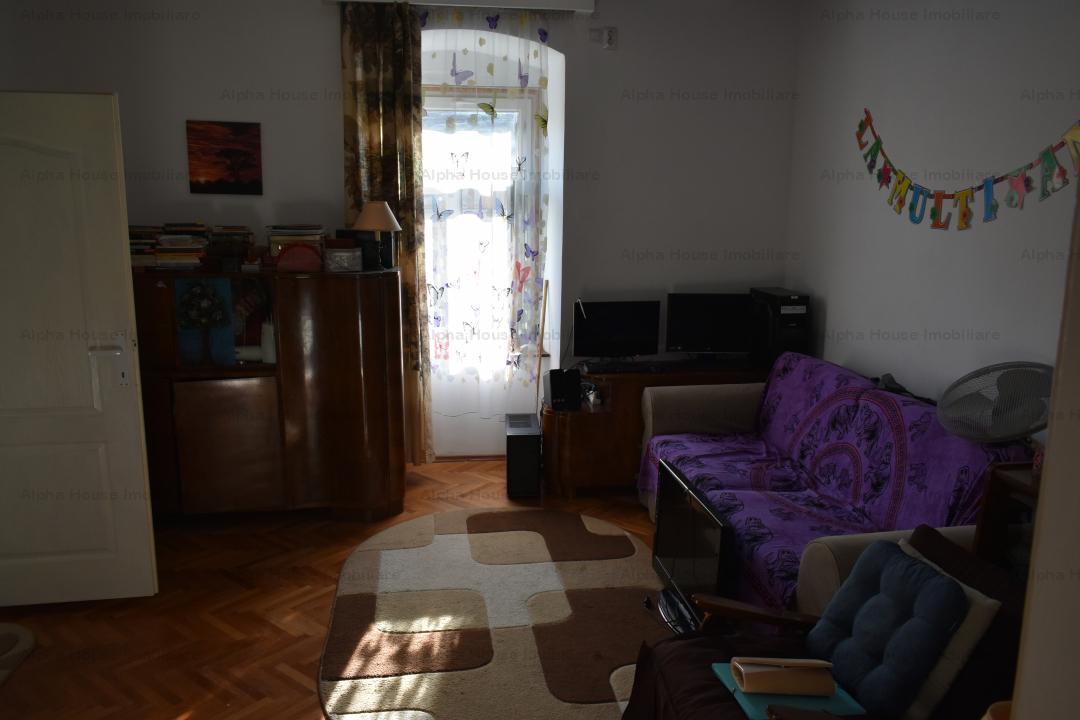 Apartament 2 camere + garaj in curte zona Piata Mare