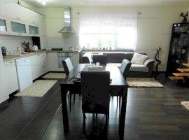 Apartament 3 camere decomandate zona Lazaret