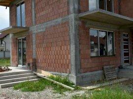 Casa 4 camere 125mp ,zona Calea Cisnadiei