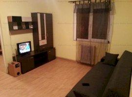 Apartament 3 camere etaj 3 zona Cedonia