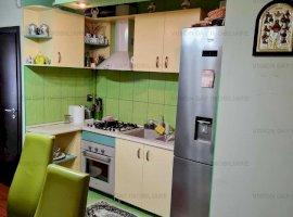 Apartament 3 camere, decomandat (zona Marasti)