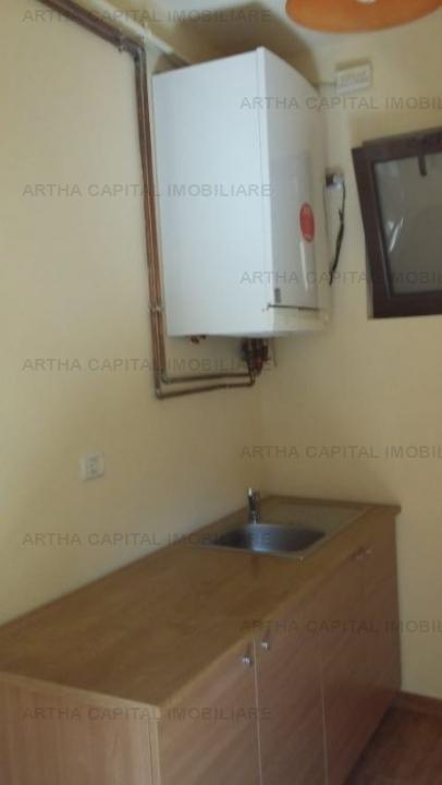Casa 3 camere in zona Titulescu, renovata, aproape de metrou