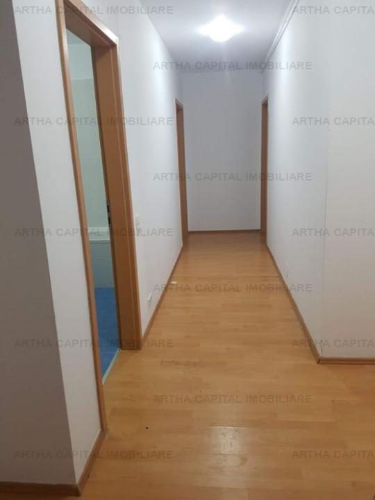 Apartament 4 camere partial mobilat