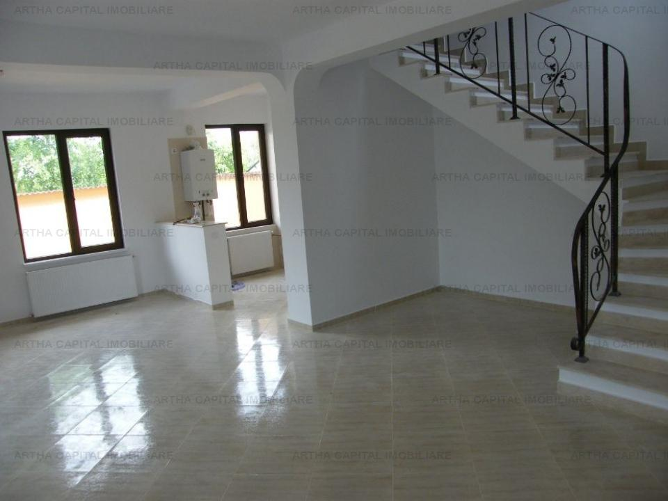 Vila in duplex, nemobilata, zona centrala in Otopeni