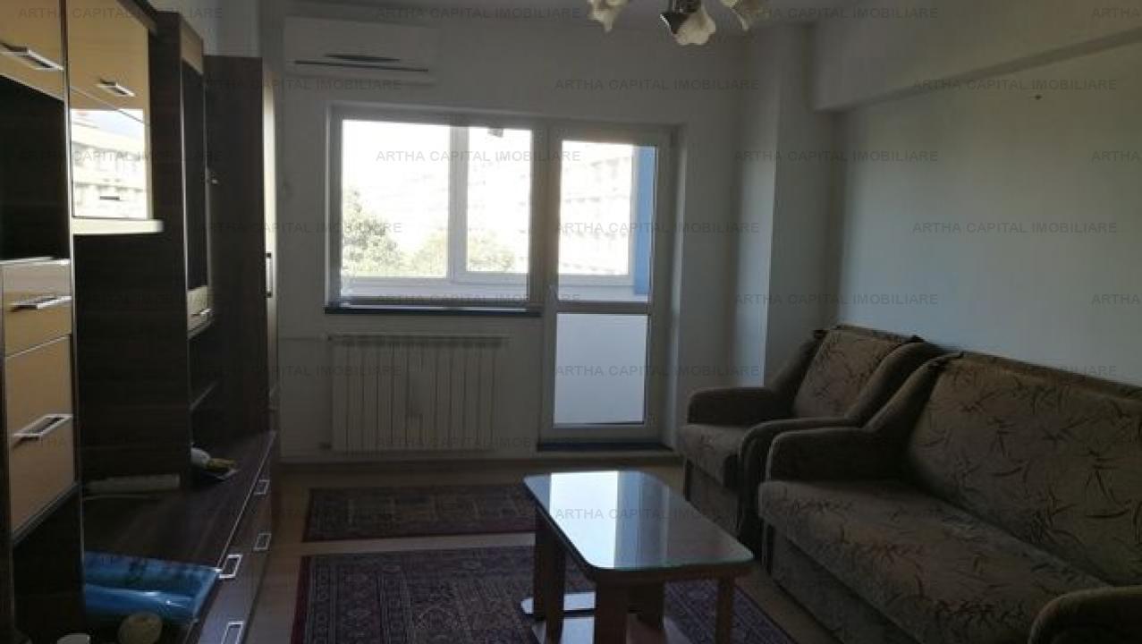Apartament 3 camere amplasat la intersectia strazilor Ion Mihalache cu Turda