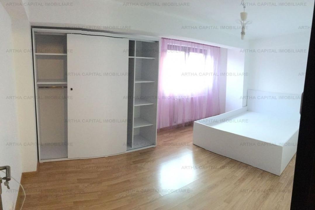 Apartament 3 camere aproape de metrou