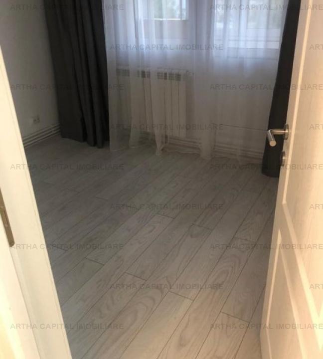 Apartament 4 camere mobilat partial