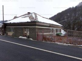 Casa si teren Mihoiesti, comuna Campeni, judetul Alba