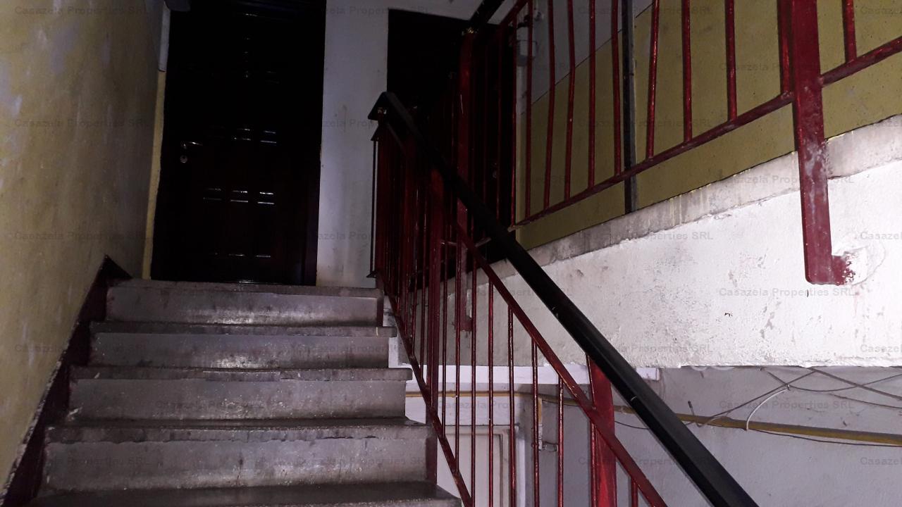 Apartament 2 camere, 42 mp utili, Petrila, Jud. Hunedoara