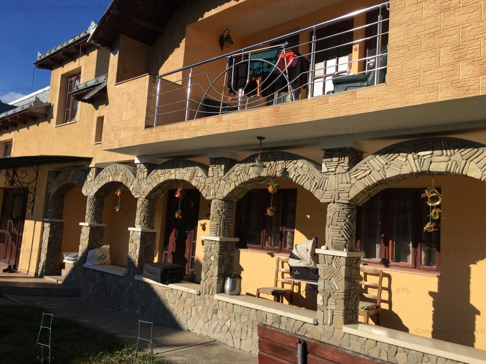 Casa si teren in suprfata de 400 mp, situat in Raucesti, Neamt.