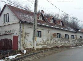 Casa cu atelier de sticlarie in Jidvei str. Unirii