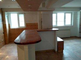 Apartament 3 camere, complet renovat, zona 13 Septembrie - Panduri