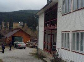 Teren curti constructii si arabil, C1- casa de locuit