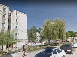 Vanzare apartament de 3 camere, zona mediana, orasul Vulcan - Hunedoara